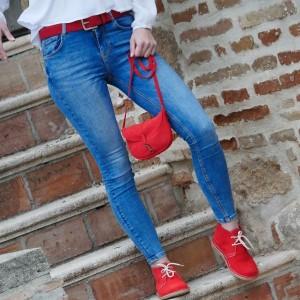 Königin Tasche in roter Farbe