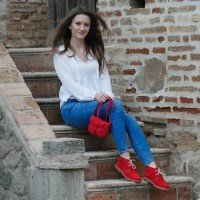 Ботинки женские красные