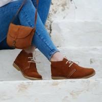 Ботинки на меху цвета корицы