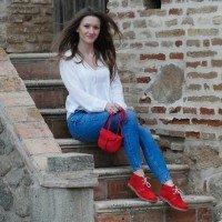 Women sheepskin Desert boots in Red color